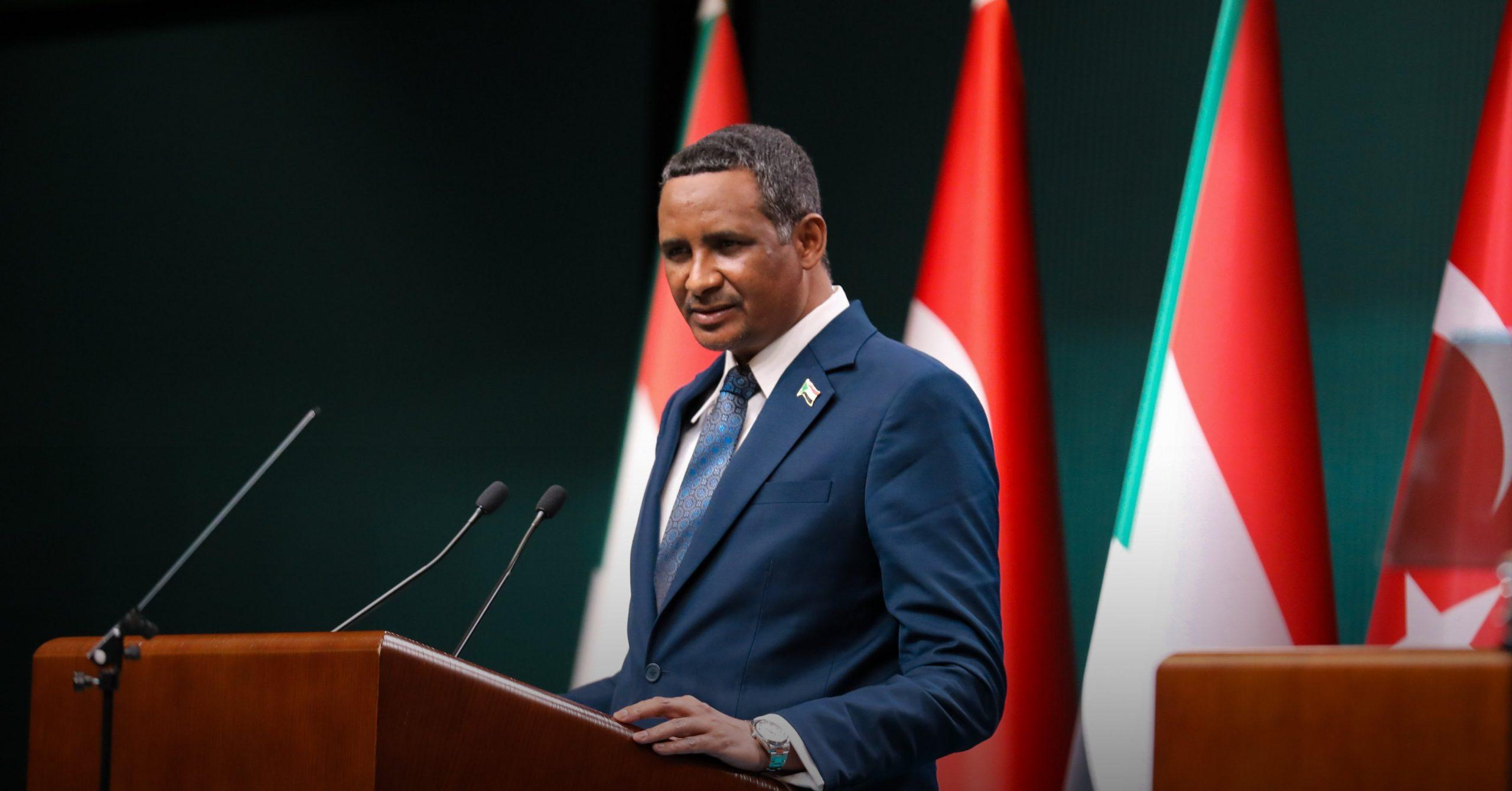 السودان تعيد ترتيب شبكة تحالفاتها الإقليمية والدولية